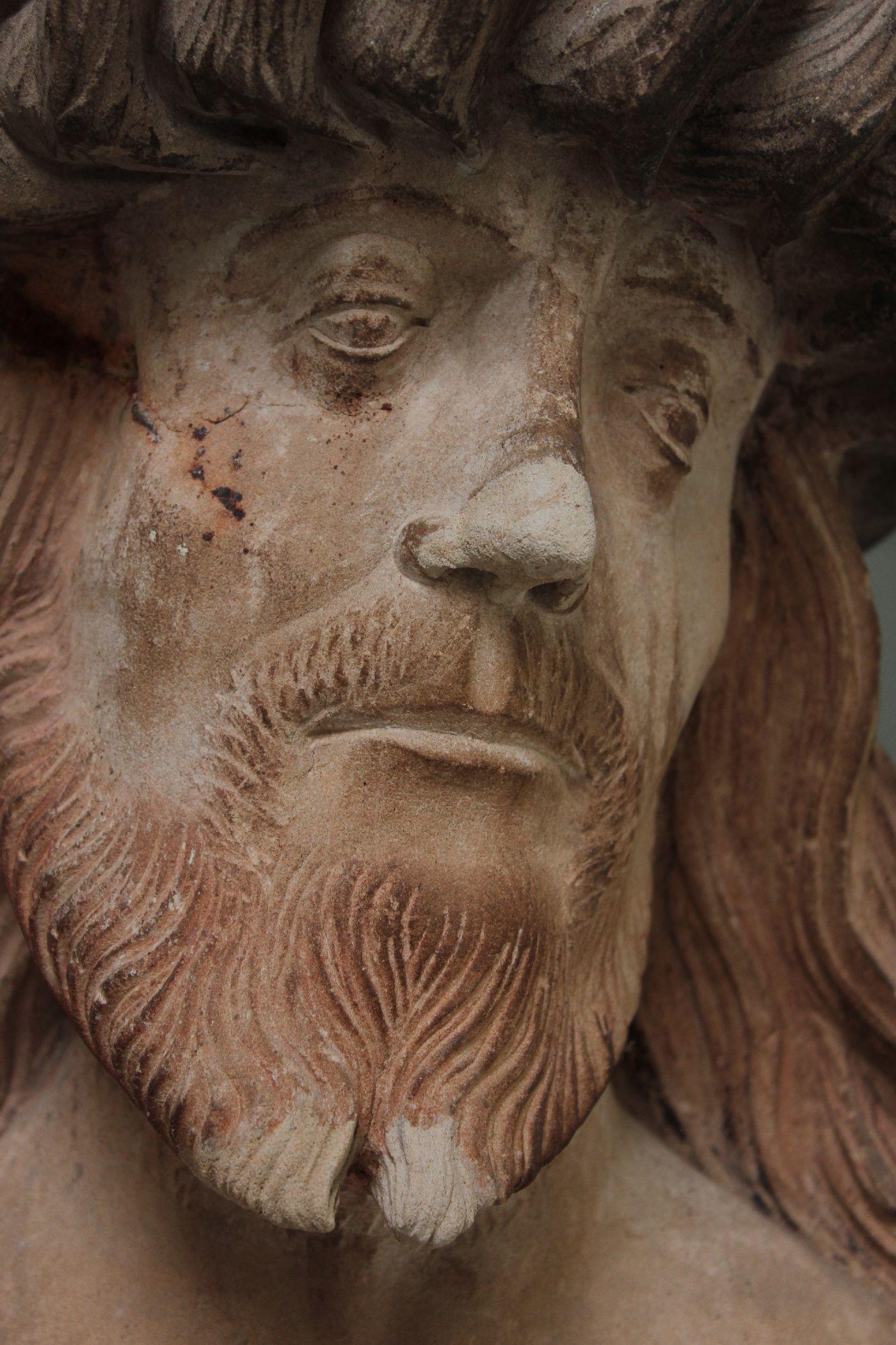 9 Christus op de koude steen reconstructie neus en baardpunten